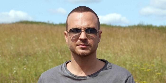 Актер Алексей Чадов объяснил, чем Запад лучше России