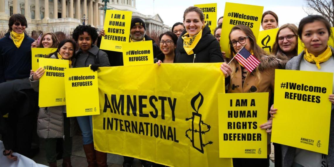 Сотрудники Amnesty International обвинили организацию в расизме