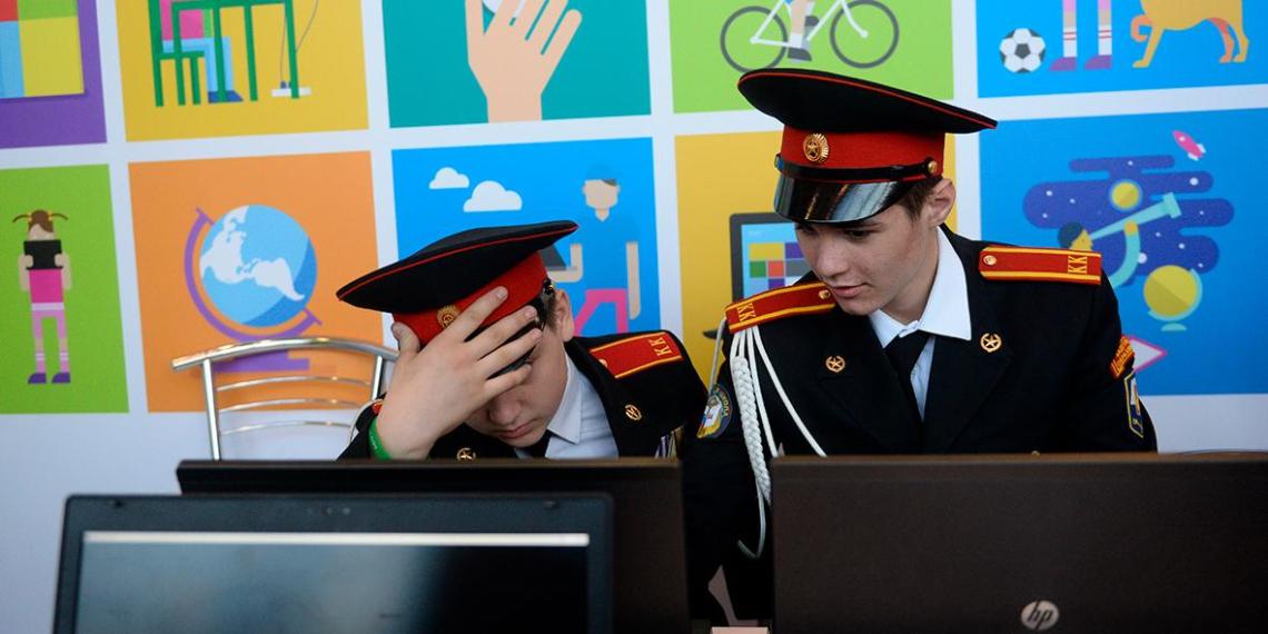 Минобороны потратит полмиллиарда бюджетных рублей на интернет-слежку за курсантами