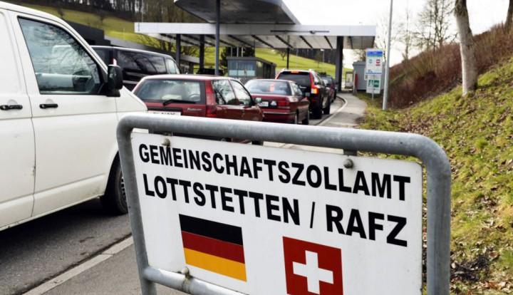 Испания предлагает вернуть пограничный контроль между странами Шенгена