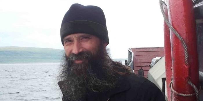 """Священник на авианосце """"Адмирал Кузнецов"""" пожаловался на дефицит крестиков"""
