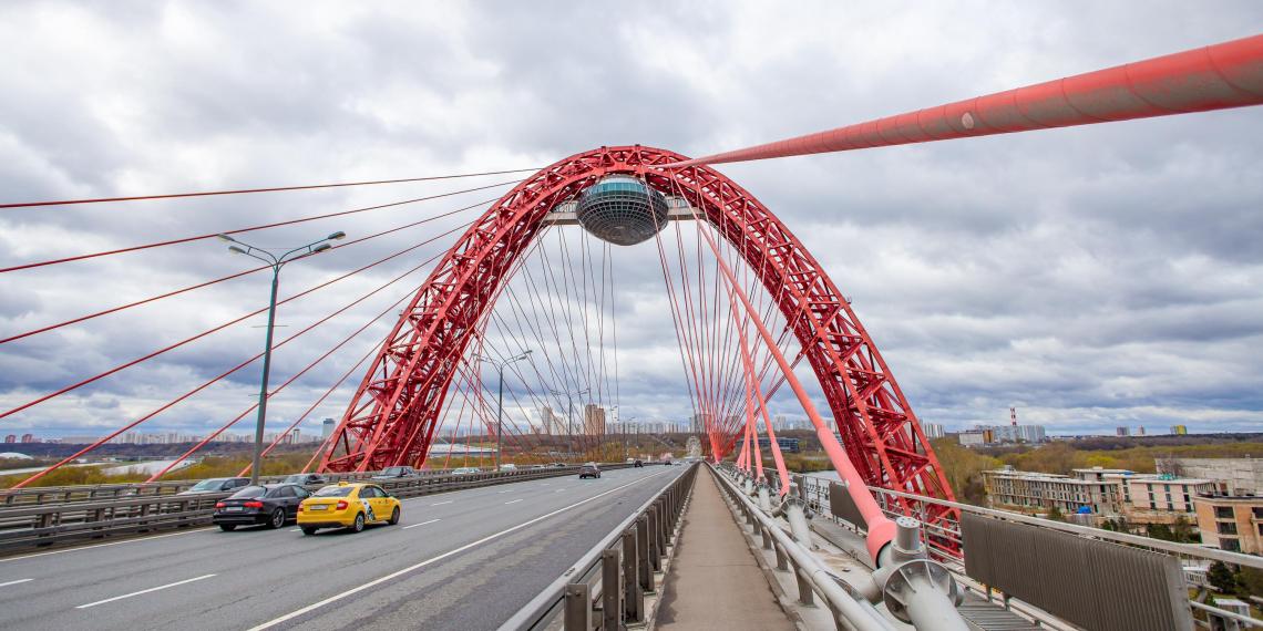 Камеры против шумных машин начали тестировать в Москве