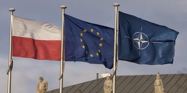 Польша призвала НАТО расширить инфраструктуру на границе вопреки соглашению с Россией