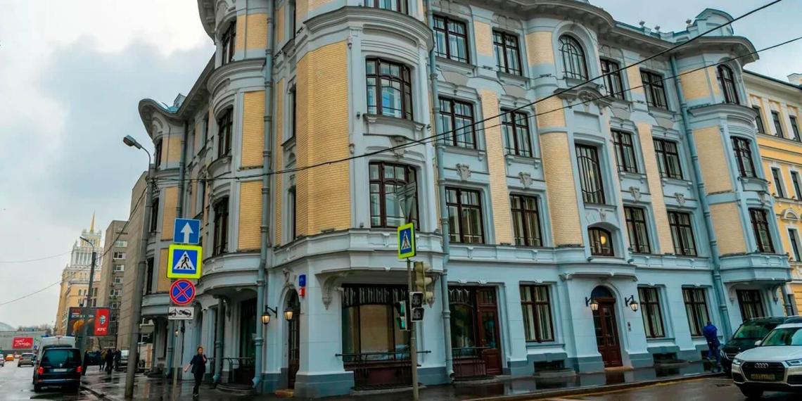 В Москве до конца года отреставрируют около 100 творений минувших эпох