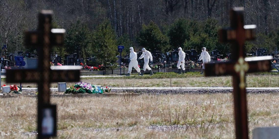 В Кузбассе семья похоронила живого родственника с COVID-19