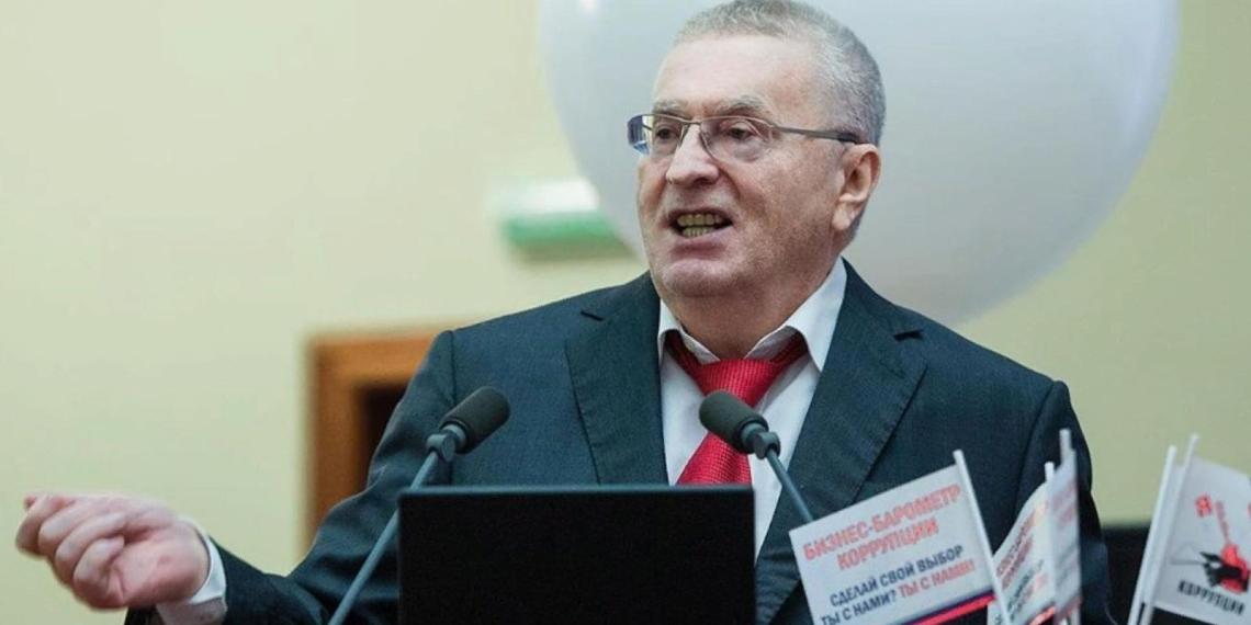Жириновский назвал неизбежным чипирование россиян