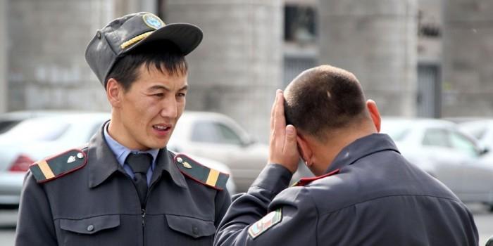 В Киргизии задержали гражданина, помогавшего пранкерам разыграть Порошенко