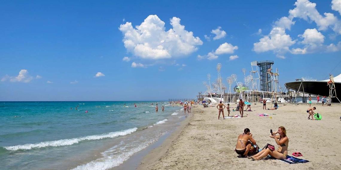 Туристы столкнулись с новой схемой обмана в Крыму