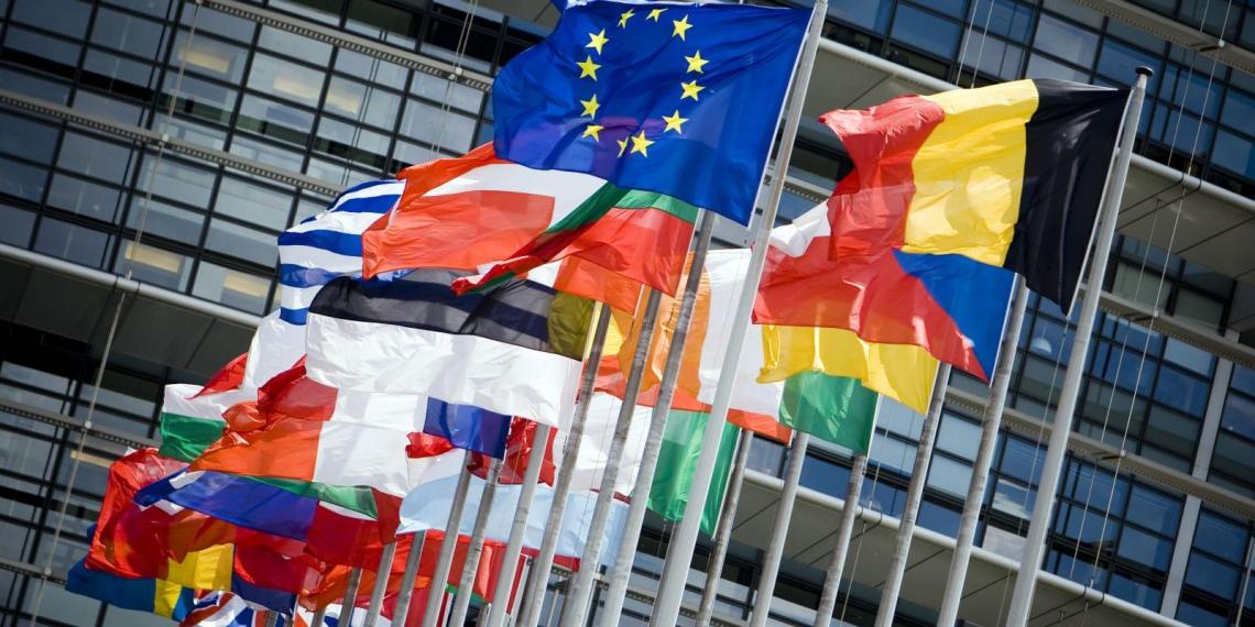 СМИ: ЕС закрывает въезд в Шенгенскую зону