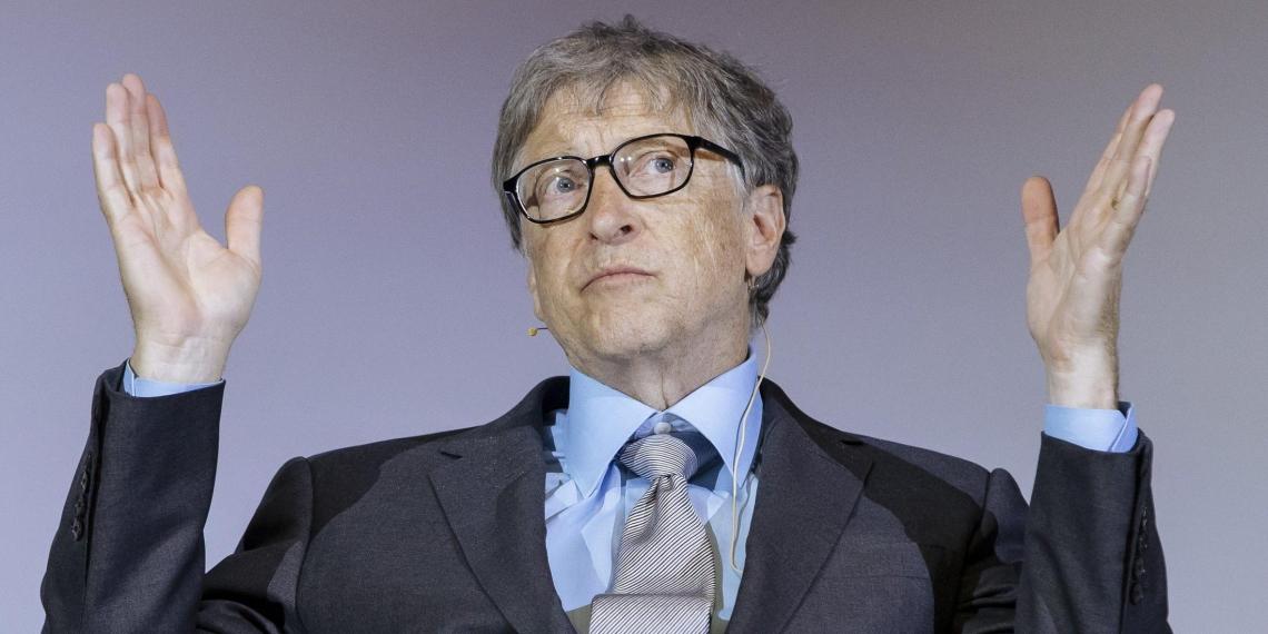 СМИ: Гейтс покинул Microsoft из-за связи с сотрудницей компании