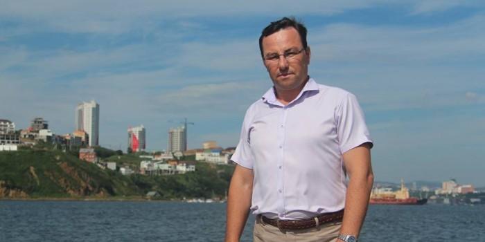 Депутат Думы Владивостока благодаря шаурме спас девушку от изнасилования