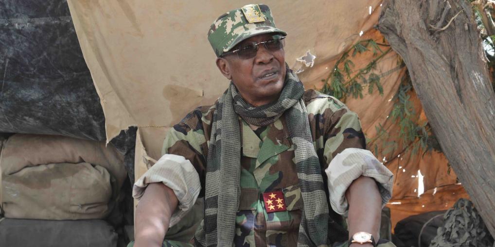 Президент Чада переизбрался в шестой раз и сразу же погиб в бою с повстанцами
