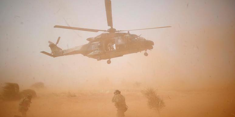 13 французских военных погибли в Мали во время операции против экстремистов