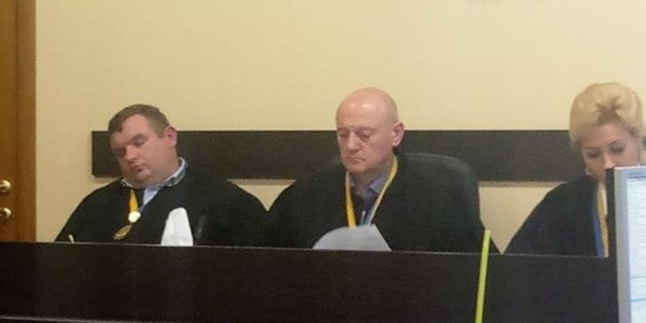 Верховный суд выступил за увольнение спящих на заседаниях судей