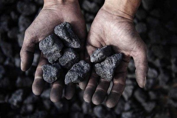 Украина купила у ЮАР еще угля, который не горит