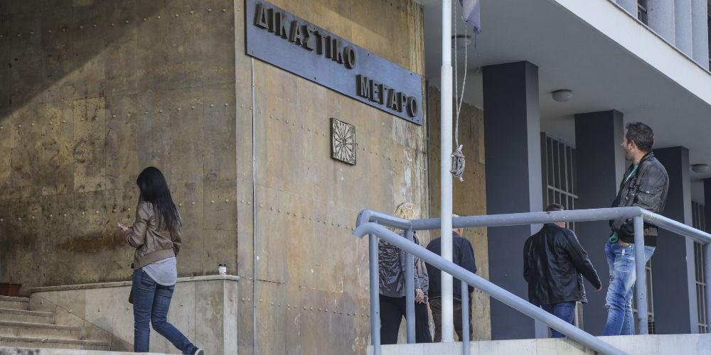 В Греции двое россиян получили по 300 лет тюрьмы за перевозку мигрантов