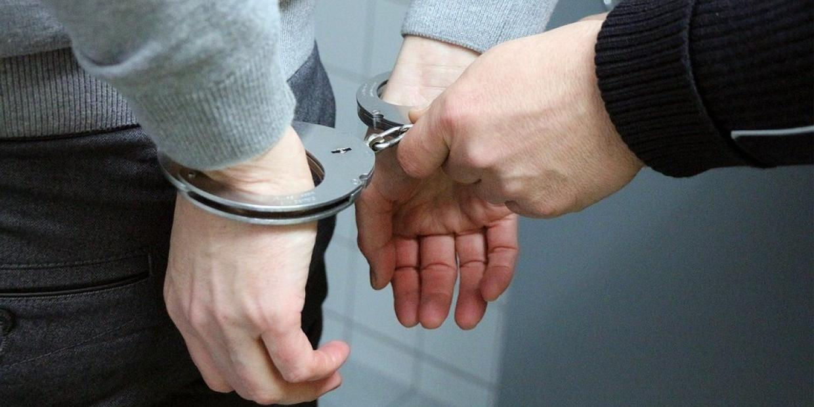 Жительница Подмосковья переспала с грабителем и утром сдала его полиции