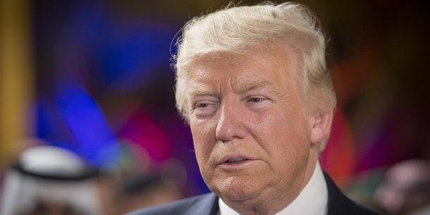 """Трамп заявил о """"дестабилизирующем поведении"""" России"""