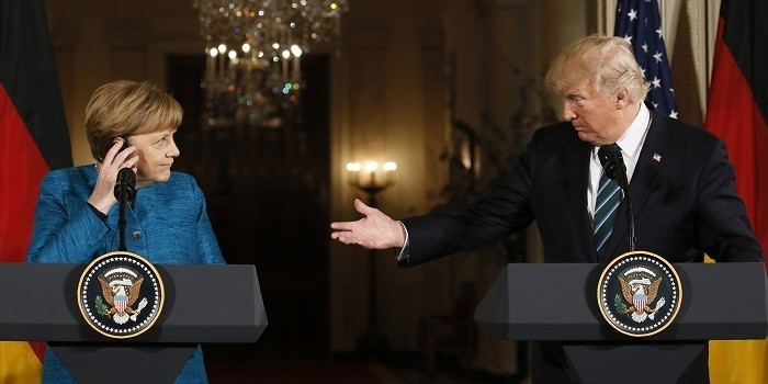Трамп выставил Меркель счет на 375 млрд долларов за услуги НАТО