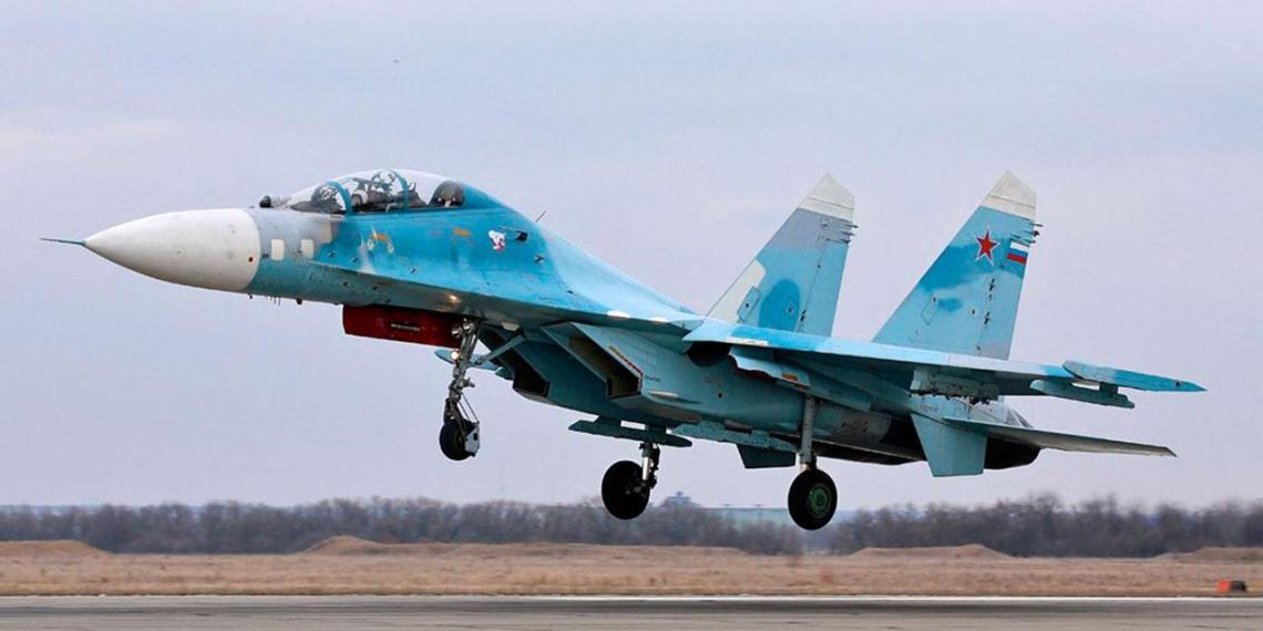 Су-27 Балтфлота потренируются сбивать стратегические бомбардировщики
