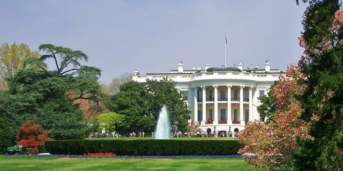 Американцы просят Белый дом прекратить тратить деньги на вмешательства в другие страны