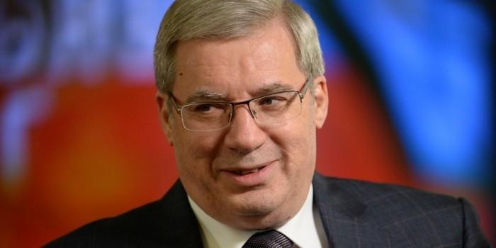 Губернатор Красноярского края предложил прокалывать колеса непослушным водителям