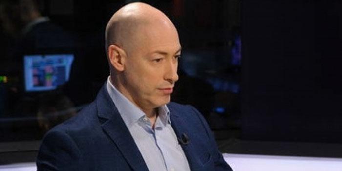 Украинский журналист: США добьют Россию, лишив ее Facebook и айфонов