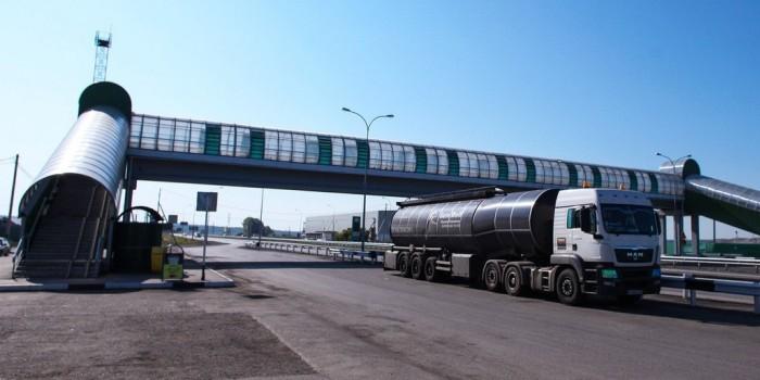 Турция и Россия прервали автомобильные грузоперевозки