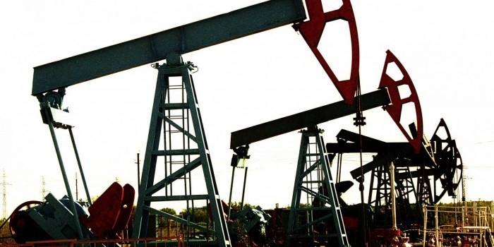 Нефтяники предложили переложить свои налоги на потребителей топлива