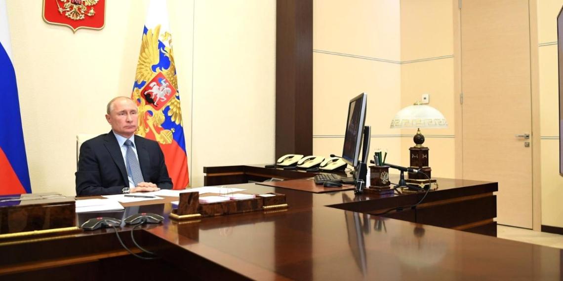 Президент Путин: выплаты медикам не будут облагаться налогом