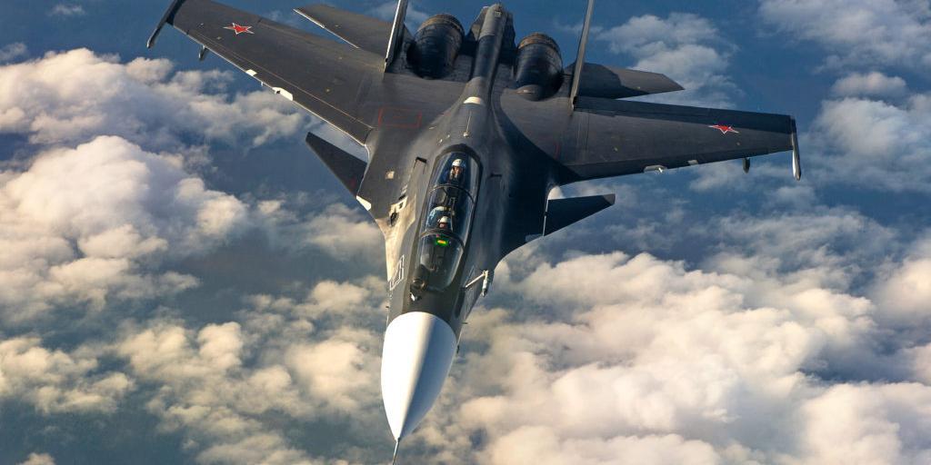 На месте второго пилота разбившегося Су-30СМ мог быть не летчик