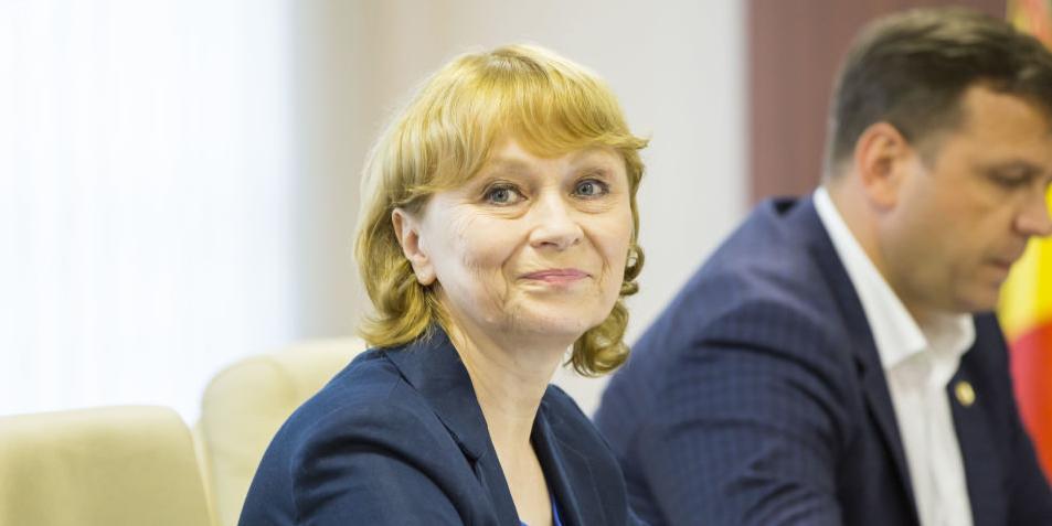 Советница Санду обвинила русских в неуважении к языку молдаван