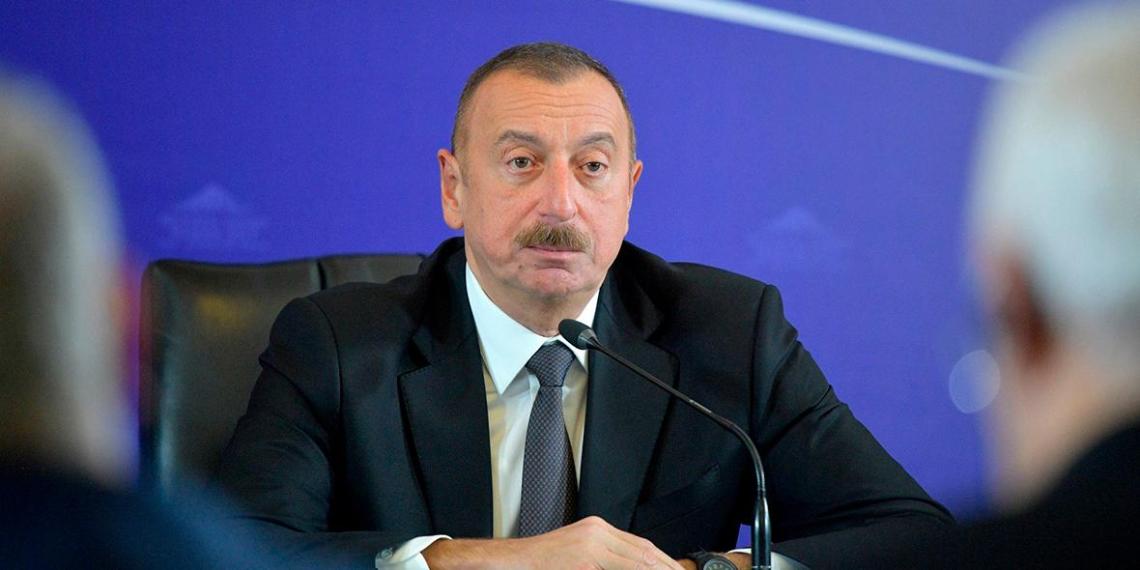 Алиев выставит Армении счет за нанесенный в Карабахе ущерб