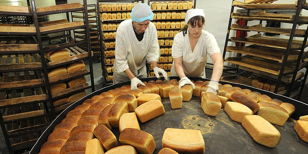 Глава сибирского хлебозавода предложил увеличить цену хлеба до 80 рублей
