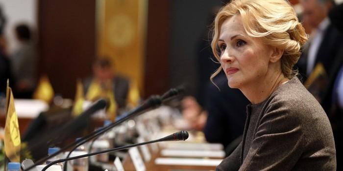 Более половины россиян поддерживают пакет поправок Яровой