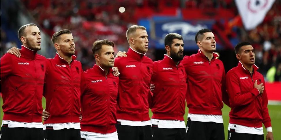 Французы включили вместо албанского гимн Андорры, а извинились перед Арменией