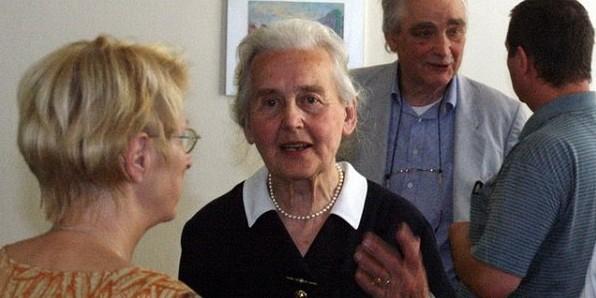 Немецкий суд приговорил 87-летнюю женщину к тюремному сроку за отрицание холокоста