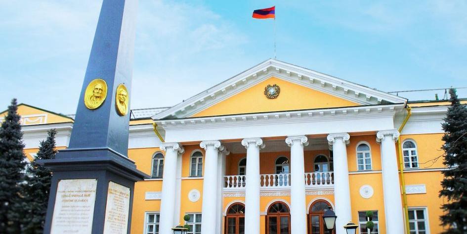 Посол назвал нападения азербайджанцев на армян в Москве спланированной провокацией