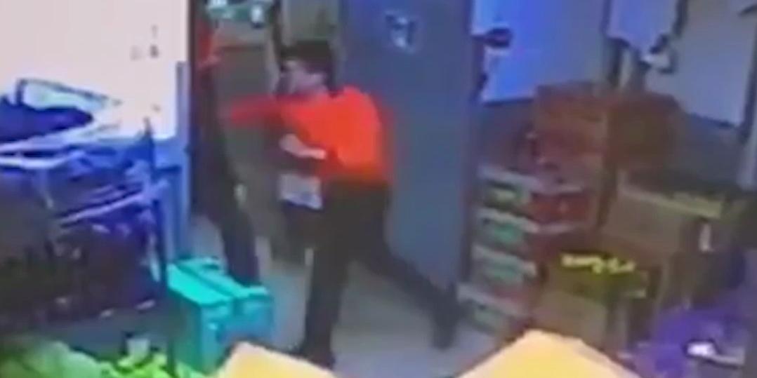 Москвич умер после избиения кассиром за кражу банки кофе