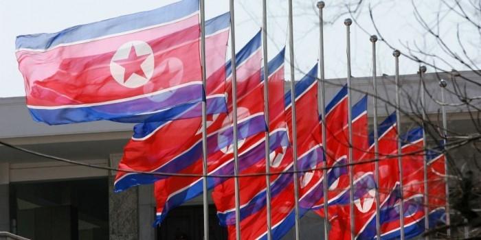 Власти КНДР созвали в Пхеньян своих послов
