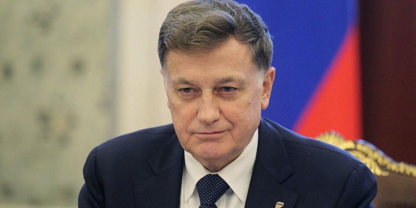 Спикер Заксобрания Петербурга предложил россиянам кланяться при встрече с росгвардейцами