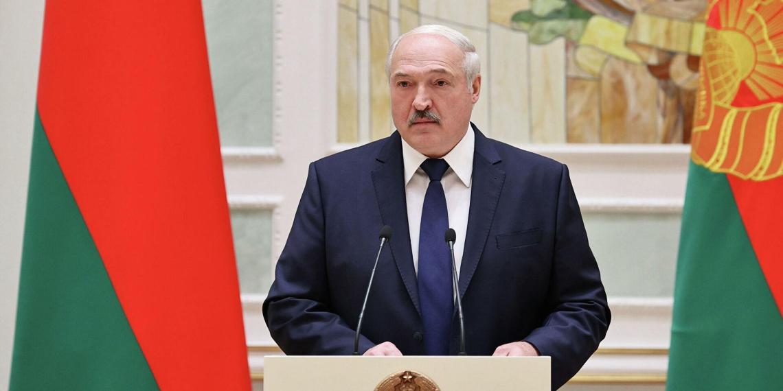 Лукашенко заявил о планах НАТО по захвату запада Белоруссии