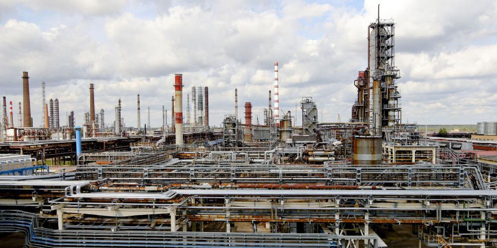 Россия прекратила поставки нефти на крупнейший НПЗ Белоруссии