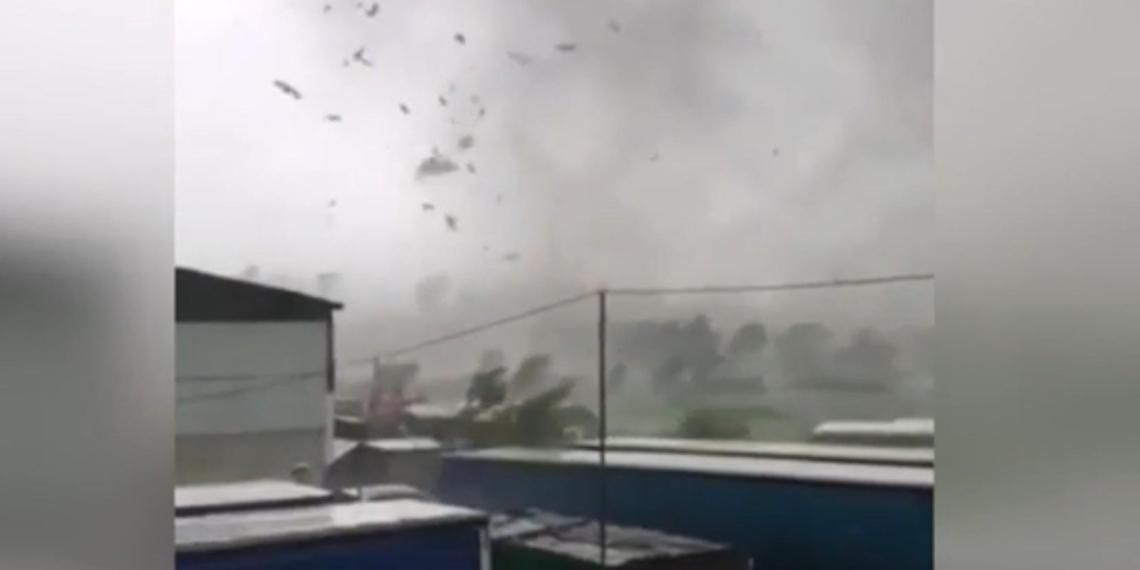 В Белгородской области сняли срывающий крыши ураган