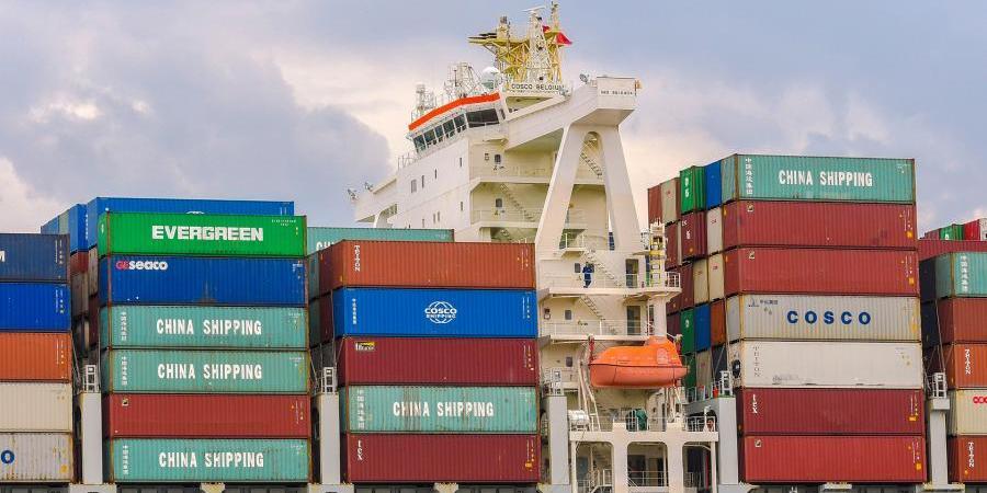 Китай опередил США и стал главным торговым партнером Европы