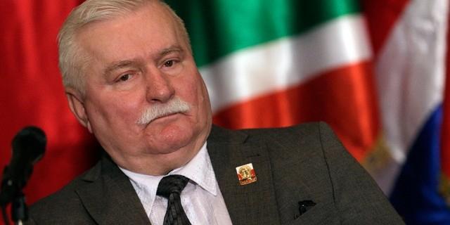 Лех Валенса пригрозил президенту Польши международным судом