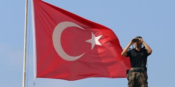 """МИД Турции заявил России протест из-за авиаударов в Сирии и пообещал """"серьезные последствия"""""""
