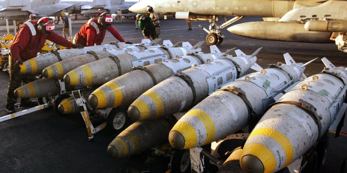 В НАТО всерьез задумались об отказе от ядерных ракет в Европе