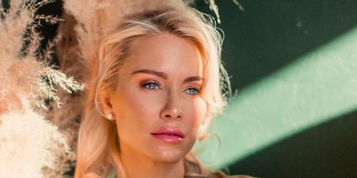 """""""Развопилась"""": Катя Гордон поскандалила с Седоковой, рассказав об интимной переписке певицы"""