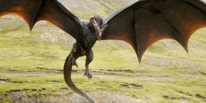 Жительнице Голландии на протяжении всей жизни люди казались драконами